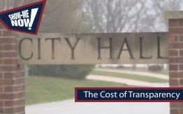 """City Hall"" sign>"