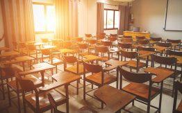 Sunlit classroom>