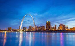 St. Louis arch>