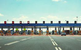 Toll road>